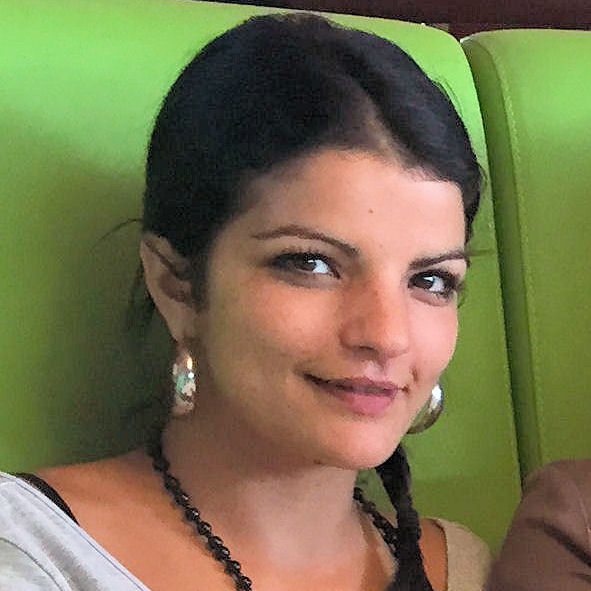 Sandrine de l'équipe des audioprothésistes du centre auditif Minitone à Nîmes.